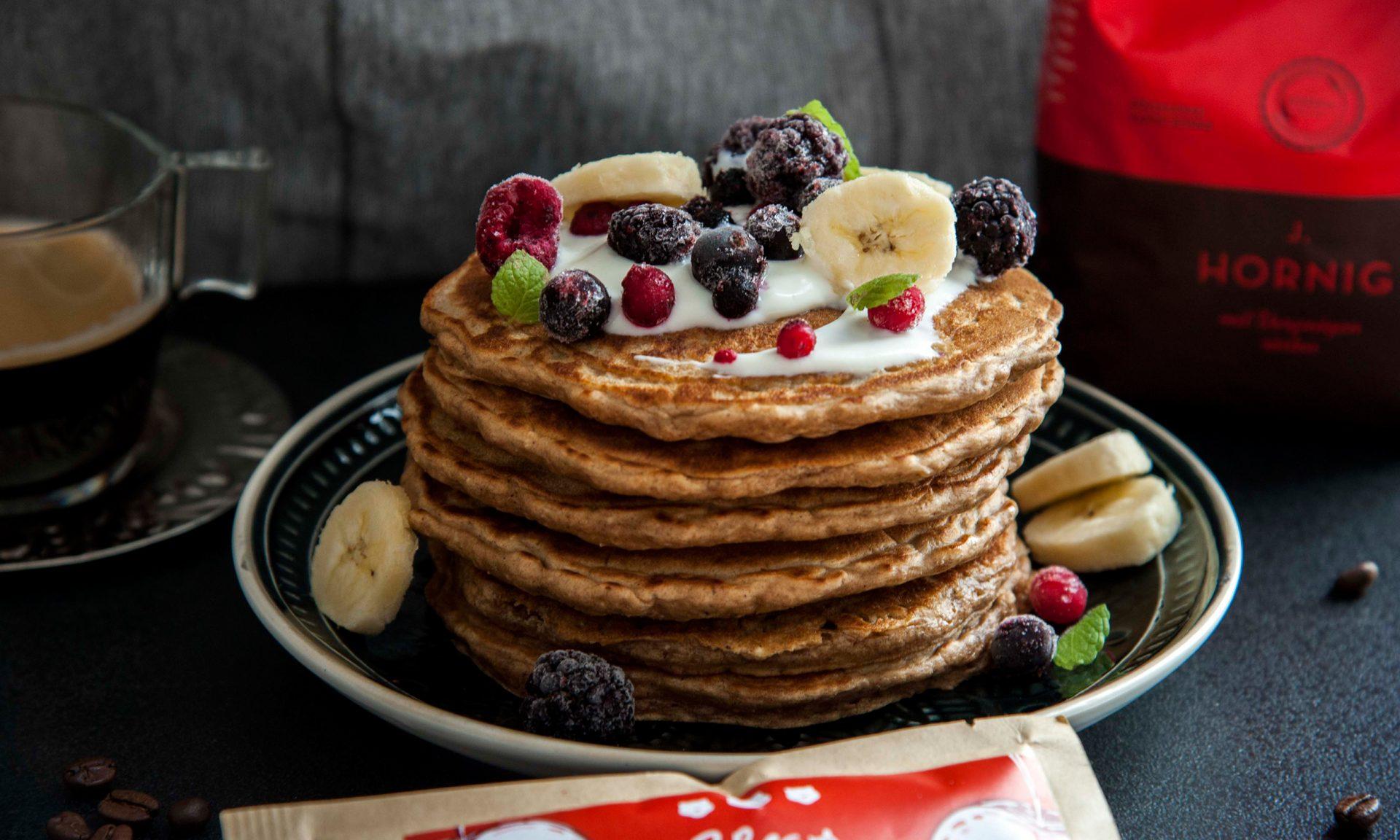 Köstliche Haferflocken-Kaffee-Pancakes | J. Hornig